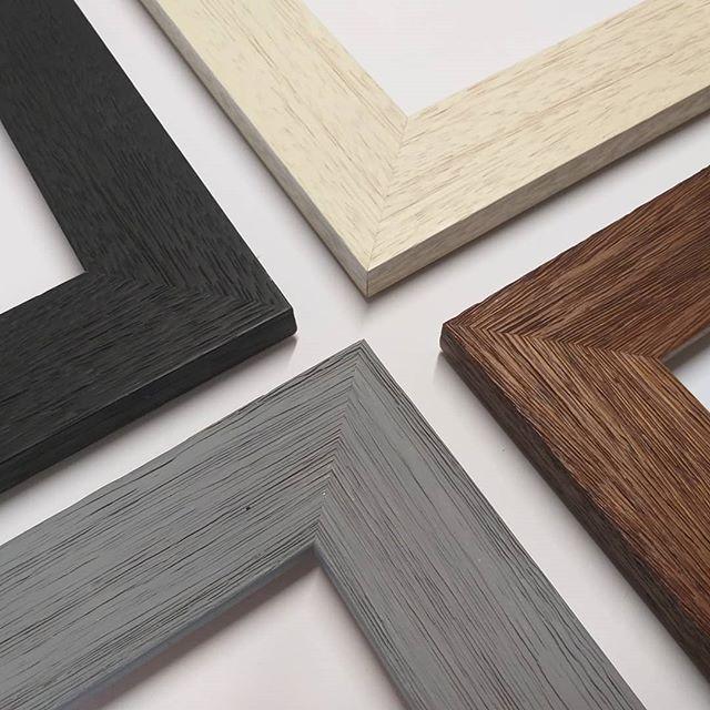 ξύλινες κορνίζες κατασκευή